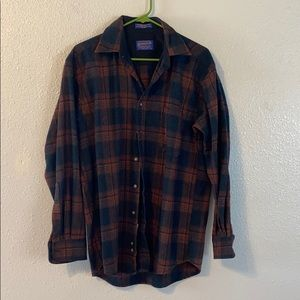 Pendleton long sleeve button shirt
